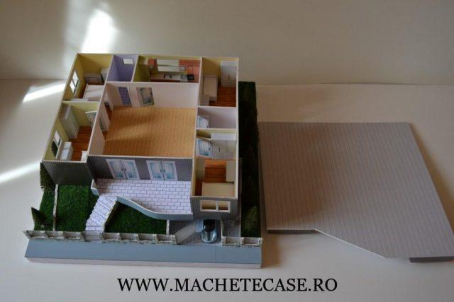 Machetă casă demontabilă cu detalii interioare